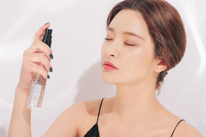 Mách nhanh mẹo makeup để trở thành quý cô thời thượng năm 2021